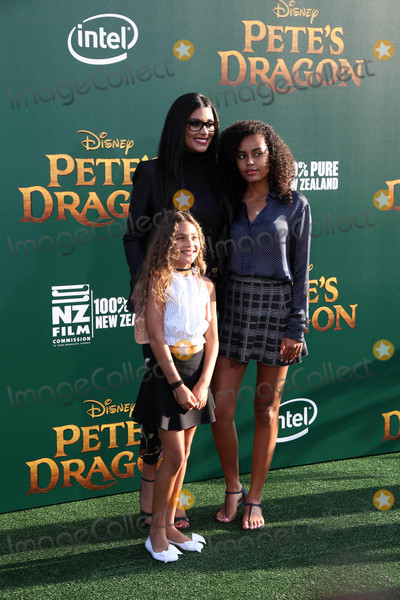 Ava Dash Photo - Rachel Roy Ava Dash Tallulah Ruth Dashat the Petes Dragon Premiere El Capitan Theater Hollywood CA 08-08-16