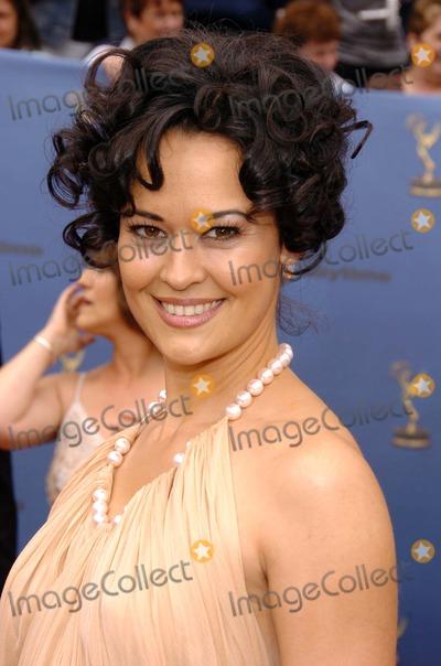 Sydney Penny Photo - Sydney Pennyat The 33rd Annual Daytime Emmy Awards Kodak Theatre Hollywood CA 04-28-06