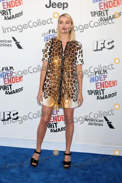 Margot Robbie Photo - Margot Robbieat the 2018 Film Independent Spirit Awards Santa Monica Beach Santa Monica CA 03-03-18