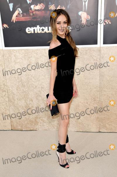 Alexis Dziena Photo - Alexis Dziena at the Los Angeles Premiere of Entourage Season Six Paramount Theater Hollywood CA 07-09-09
