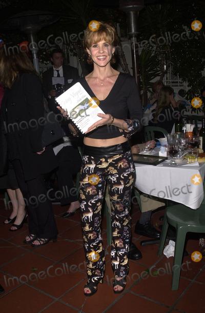Linda Blair Photo -  LINDA BLAIR at the signing for her first book Going Vegan at Caffe Luna Hollywood 09-08-01