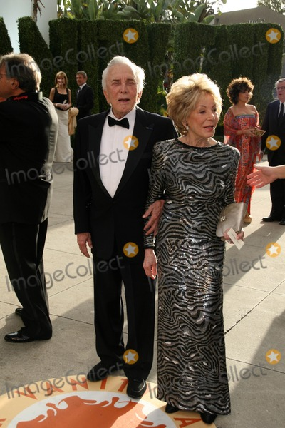 Anne Buydens Photo - Kirk Douglas and Anne Buydensat the 2007 Vanity Fair Oscar Party Mortons West Hollywood CA 02-25-07