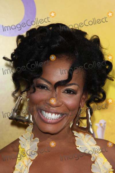 Aunjanue Ellis Photo - Aunjanue Ellisat The Help Los Angeles Premiere AMPAS Samuel Goldwyn Theater Los Angeles CA 08-09-11