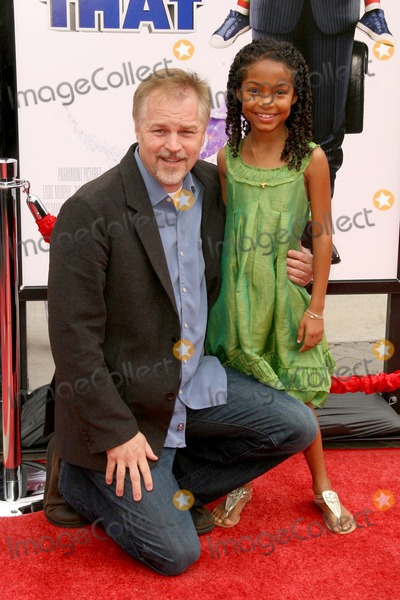 Yara Shahidi Photo - Karey Kirkpatrick and Yara Shahidi at the Los Angeles Premiere of Imagine That Paramount Pictures Hollywood CA 06-06-09