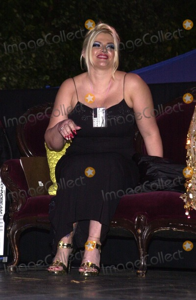 Anna Nicole Smith Photo - Anna Nicole Smith at Second Annual Queen Of Silverlake Pageant in Silverlake CA 07-13-02