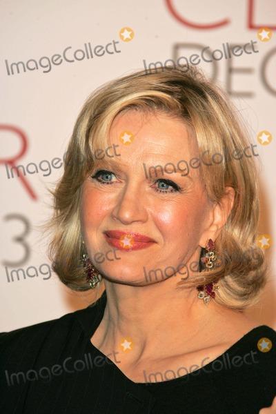 Diane Sawyer Photo - Diane Sawyer at the Closer Premiere Mann Village Theatre Westwood CA 11-22-04