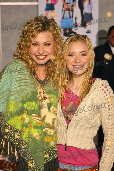 ALY AJ Photo - Aly and AJ at the premiere of Walt Disneys The Pacifier at the El Capitan Theater Hollywood CA 03-01-05