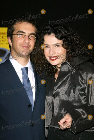Arsine Khanjian Photo - Atom Egoyan and Arsinee Khanjian at the Arpa International Film Festival Closing Night Award Gala Beverly Hilton Hotel Beverly Hills CA 10-12-03