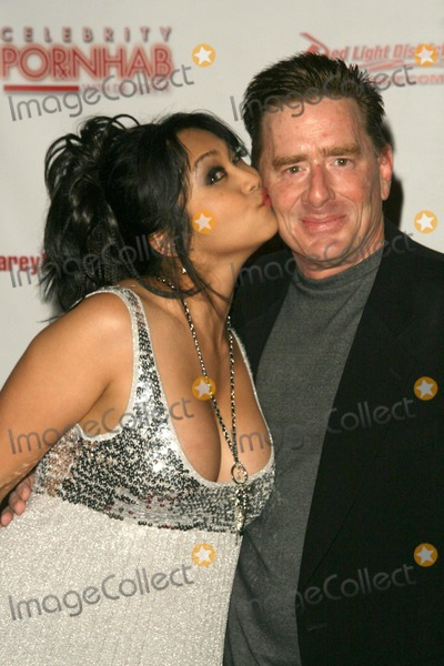 Mika Tan Photo - Mika Tan and Kyle Stone at the Celebrity Pornhab with Dr Screw Premiere Party Les Deux Hollywood CA 06-01-09