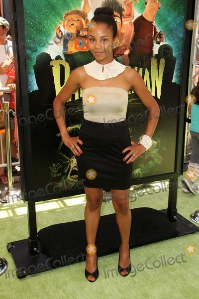 Aasha Davis Photo - Aasha Davisat the ParaNorman Los Angeles Premiere Universal Studios Universal City CA 08-05-12