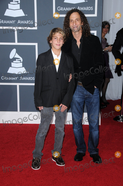 Kenny G Photo - Kenny G and sonat the 52nd Annual Grammy Awards - Arrivals Staples Center Los Angeles CA 01-31-10