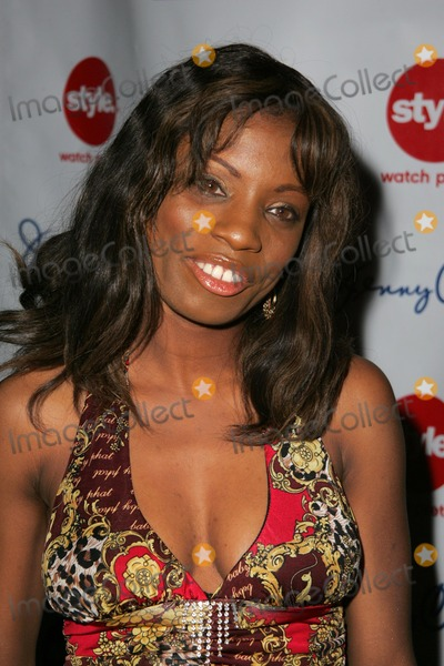 Angelique Bates Photo - Angelique Batesat Niecy Nashs Birthday Party White Lotus Hollywood CA 03-01-06