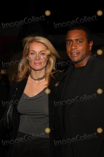 Ahmad Rashad Photo - Frederique Van Der Wal and Ahmad Rashad at the ABC All Star Party Quixote Studios Hollywood CA 01-15-03