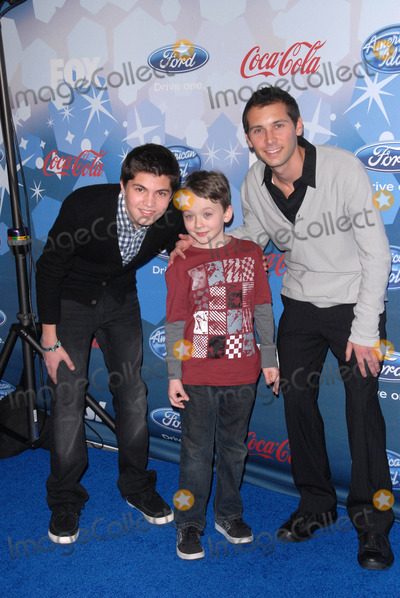 Justin Berfield Photo - Benjamin Stockham Matthew Levy and Justin Berfieldat Foxs American Idol Top 12 Finalists Party Industry West Hollywood CA 03-11-10