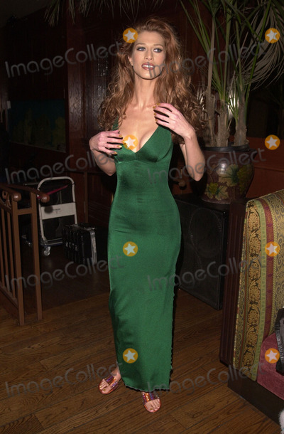 Amber Smith Photo -  Amber Smith at Nuove Prospective a celebrity fashion show in Hollywood 07-27-00