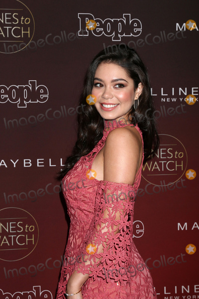 Aulii Cravalho Photo - Aulii Cravalhoat the 2017 Peoples Ones To Watch NeueHouse Hollywood CA 10-04-17