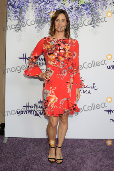 Ashley Williams Photo - LOS ANGELES - JUL 26  Ashley Williams at the Hallmark TCA Summer 2018 Party on the Private Estate on July 26 2018 in Beverly Hills CA