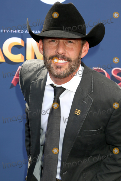 Aaron Watson Photo - LAS VEGAS - APR 15  Aaron Watson at the Academy of Country Music Awards 2018 at MGM Grand Garden Arena on April 15 2018 in Las Vegas NV