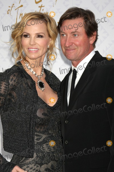 Alfred Mann Photo - LOS ANGELES - OCT 13  Janet Jones Gretzky Wayne Gretzky at the 10th Alfred Mann Foundation Gala at Robinson-May Lot on October 13 2013 in Beverly Hills CA