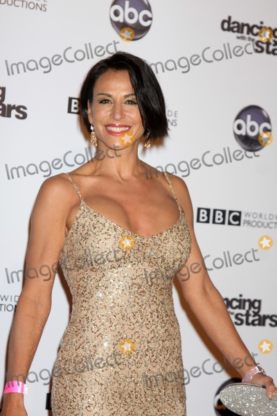 Giselle Fernandez Photo - LOS ANGELES - NOV 1  Giselle Fernandez  arrives at the Dancing With The Stars 200th Show Party at Boulevard3 on November 1 2010 in Los Angeles CA