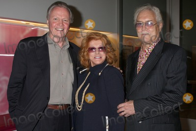Ann-Margret Photo - Jon Voight  co-star Ann-Margret with her husband Roger Smith arriving at a screening of  Lookin To Get Out  which will debut on DVD June 30 from Warner Home VideoUCLAs Billy Wilder Theater at Hammer Museum in Westwood VillageLos Angeles CA  on June 29 20092009 Kathy Hutchins  Hutchins Photo