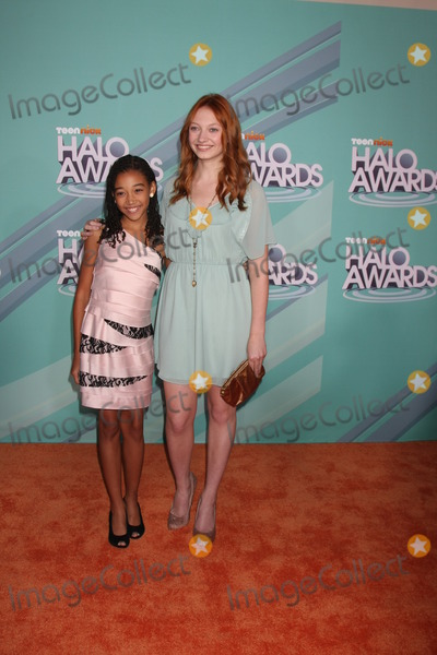 Amandla Stenberg Photo - LOS ANGELES - OCT 26  Amandla Stenberg Jacqueline Emerson arriving at the 2011 Nickelodeon TeenNick HALO Awards at Hollywood Palladium on October 26 2011 in Los Angeles CA