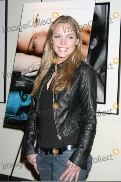 Agnes Bruckner Photo - Agnes BrucknerBlood  Chocolate ScreeningArclight TheaterLos Angeles CAJanuary 25 2007