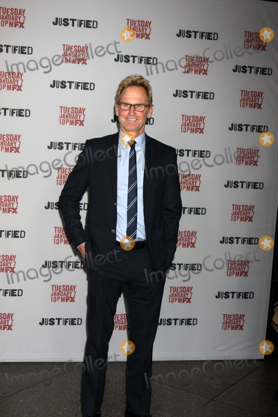 Jere Burns Photo - LOS ANGELES - JAN 6  Jere Burns at the Justified Premiere Screening at Directors Guild of America on January 6 2014 in Los Angeles CA