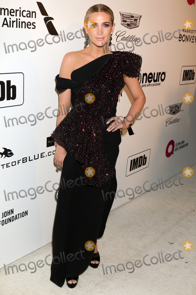 Elton John Photo - LOS ANGELES - FEB 24  Ashlee Simpson at the Elton John Oscar Viewing Party on the West Hollywood Park on February 24 2019 in West Hollywood CA