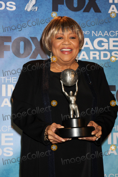 Mavis Staples Photo - LOS ANGELES -  4 Mavis Staples in the Press Room of the 42nd NAACP Image Awards at Shrine Auditorium on March 4 2011 in Los Angeles CA