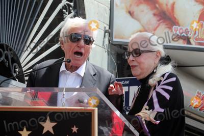 Dick Van Dyke Photo - LOS ANGELES - APR 28  Dick Van Dyke Barbara Bain at the Bairbara Bain Hollywood Walk of Fame Star Ceremony at the Hollywood Walk of Fame on April 28 2016 in Los Angeles CA