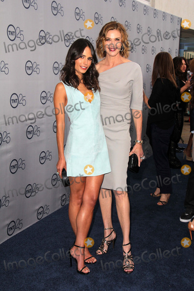 Brenda Strong Photo - LOS ANGELES - JUL 24  Jordana Brewster Brenda Strong arrives at TNTs 25th Anniversary Party at the Beverly Hilton Hotel on July 24 2013 in Beverly Hills CA