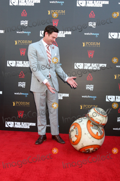 Henry Thomas Photo - LOS ANGELES - SEP 13  Henry Thomas BB8 at the 2019 Saturn Awards at the Avalon Hollywood on September 13 2019 in Los Angeles CA