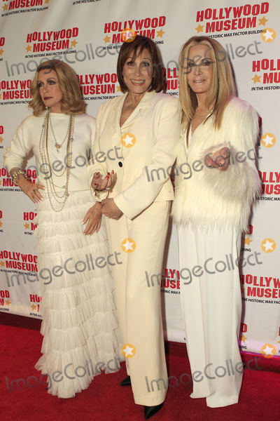 Michele Lee Photo - LOS ANGELES - JAN 18  Joan Van Ark Donna Mills Michele Lee at the 40th Anniversary of Knots Landing Celebration at the Hollywood Museum on January 18 2020 in Los Angeles CA