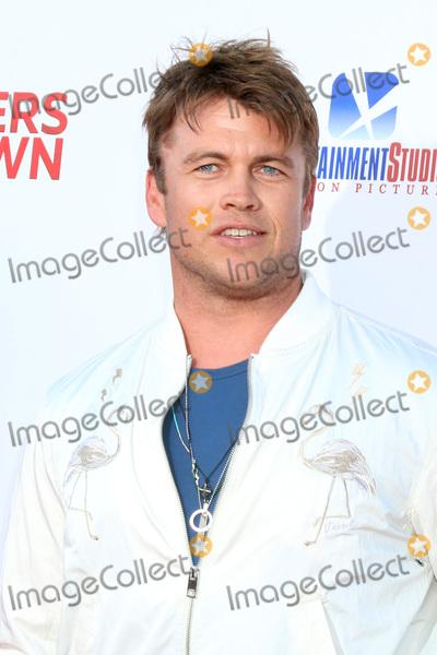 LUKE HEMSWORTH Photo - LOS ANGELES - JUN 12  Luke Hemsworth at the 47 Meters Down Premiere at the Village Theater on June 12 2017 in Westwood CA