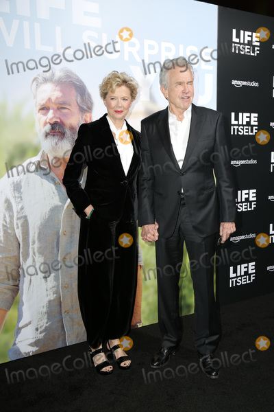Warren Beatty Photo - LOS ANGELES - SEP 13  Annette Bening Warren Beatty at the Life Itself LA Premiere at the ArcLight Theater on September 13 2018 in Los Angeles CA