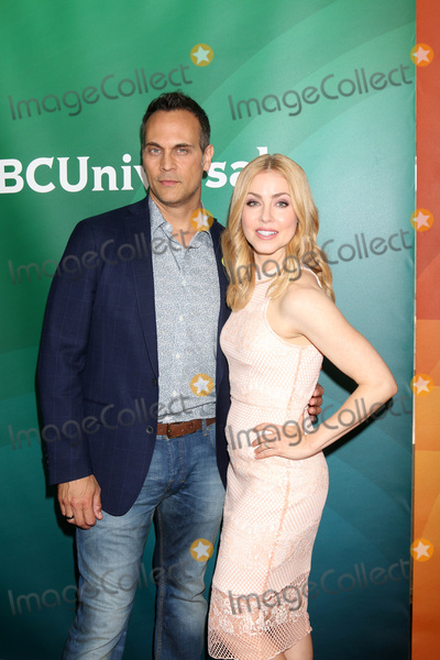 Amanda Schull Photo - LOS ANGELES - APR 1  Todd Stashwick Amanda Schull at the NBC Universal Summer Press Day 2016 at the Four Seasons Hotel on April 1 2016 in Westlake Village CA