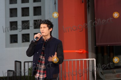 The Jacksons Photo - LOS ANGELES - JAN 26  Harry Shum Jr speaks at the Michael Jackson Immortalized  Handprint and Footprint Ceremony at Graumans Chinese Theater on January 26 2012 in Los Angeles CA