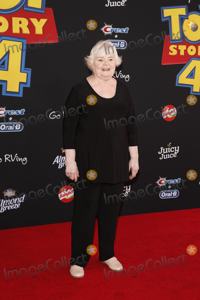 June Squibb Photo - LOS ANGELES - JUN 11  June Squibb at the Toy Story 4 Premiere at the El Capitan Theater on June 11 2019 in Los Angeles CA