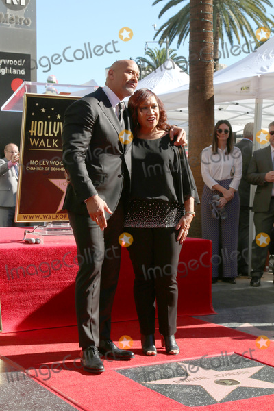 Ata Johnson Photo - LOS ANGELES - DEC 13  Dwayne Johnson Ata Johnson at the Dwayne Johnson Star Ceremony on the Hollywood Walk of Fame on December 13 2017 in Los Angeles CA
