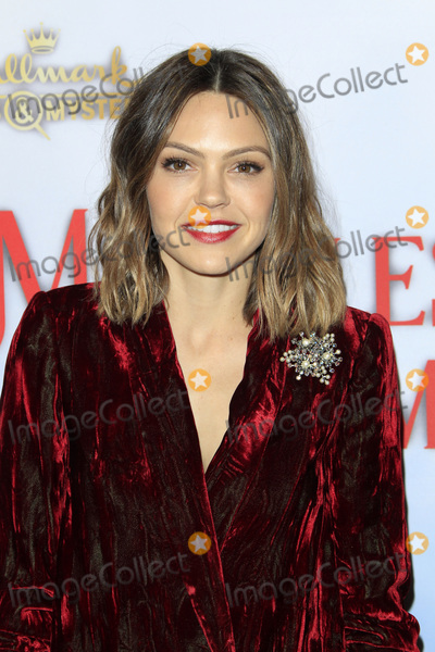 Aimee Teegarden Photo - LOS ANGELES - DEC 4  Aimee Teegarden at the Once Upon A Christmas Miracle Screening and Holiday Party at the 189 by Dominique Ansel on December 4 2018 in Los Angeles CA