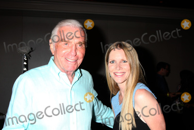 Jerry Douglas Photo - LOS ANGELES - AUG 15  Jerry Douglas Lauralee Bell at the The Young and The Restless Fan Club Event at the Universal Sheraton Hotel on August 15 2015 in Universal City CA