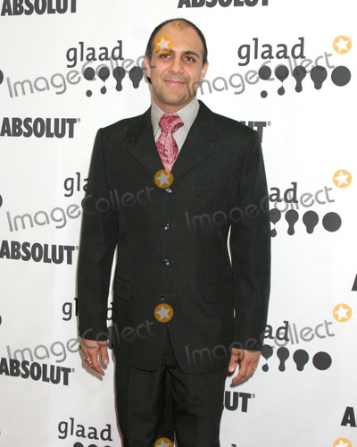 Anthony Azizi Photo - Anthony AziziGLAAD Media AwardsHollywood  HighlandLos Angeles CAApril 8 2006