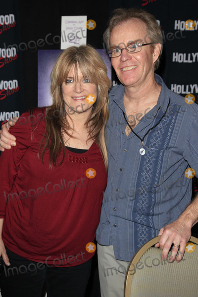 Susan Olsen Photo - BURBANK - APR 22  Susan Olsen Mike Lookinland participates at The Hollywood Show at Burbank Airport Marriott on April 22 2012 in Burbank CA