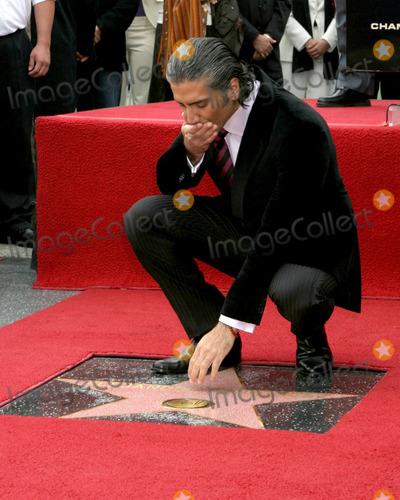 Alejandro Fernandez Photo - Alejandro FernandezAlejandro Fernandez Star on the Hollywood Walk of Fame CeremonyLos Angeles CADecember 2 2005