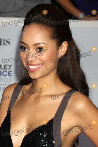 Amber Stevens Photo - Amber Stevens arriving at the Peoples Choice Awards at the Shrine Auditorium in Los Angeles CA on January 7 2009