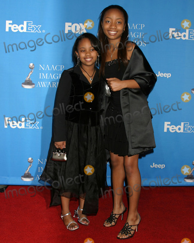 Aree Davis Photo - Deedee  Aree Davis37th NAACP Image AwardsShrine AuditoriumLos Angeles CAFebruary 25 2006                 V