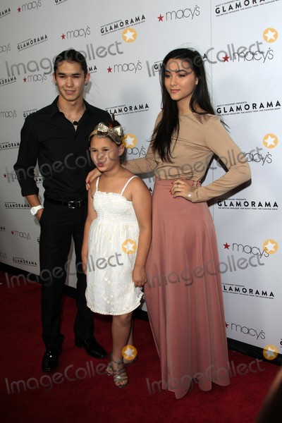 Fivel Stewart Photo - LOS ANGELES - SEP 7  BooBoo Stewart Fivel Stewart sister arrives at the Macys Passport 30th Glamorama at Orpheum Theater on September 7 2012 in Los Angeles CA
