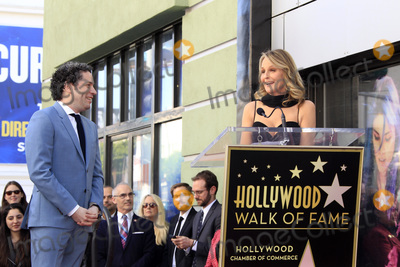 Helen Hunt Photo - LOS ANGELES - JAN 22  Gustavo Dudamel Helen Hunt at the Gustavo Dudamel Star Ceremony on the Hollywood Walk of Fame on January 22 2019 in Los Angeles CA