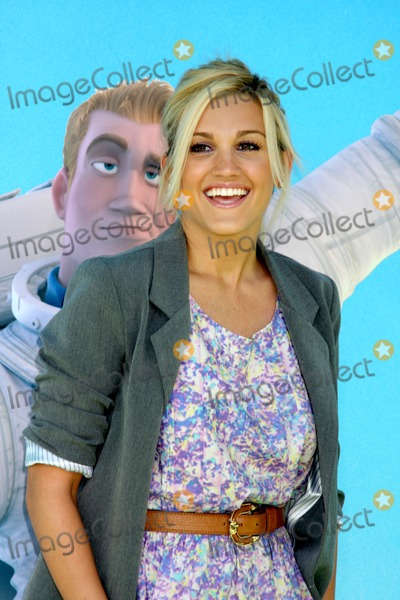 Ashley Roberts Photo - Ashley Robertsarriving at the Planet 41 Movie PremiereManns Village Theater - WestwoodLos Angeles  CANovember 14 2009